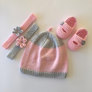 Picture of Hat, Headbands and Strap Shoe Gift Set 3-6 Months